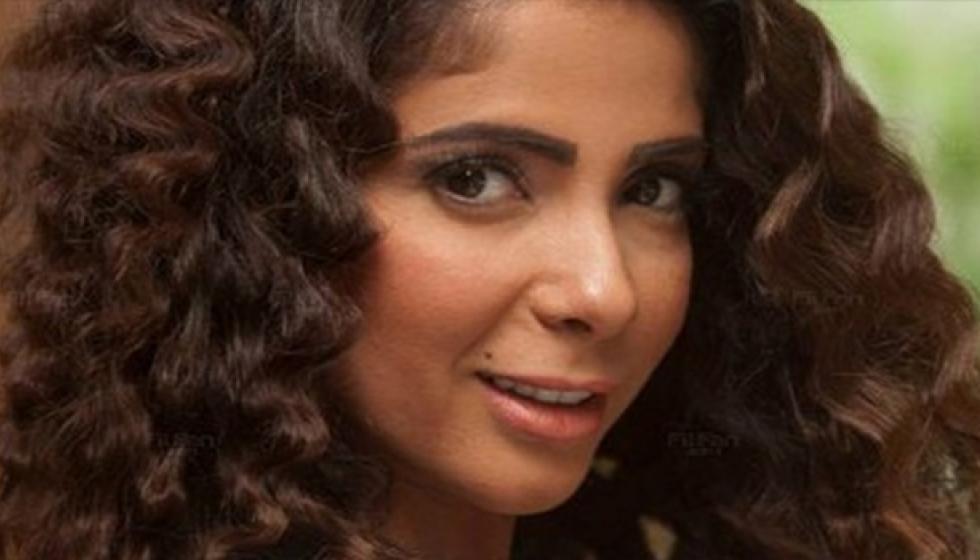 """منى زكي تشارك عمرو دياب في """"الشهرة"""""""