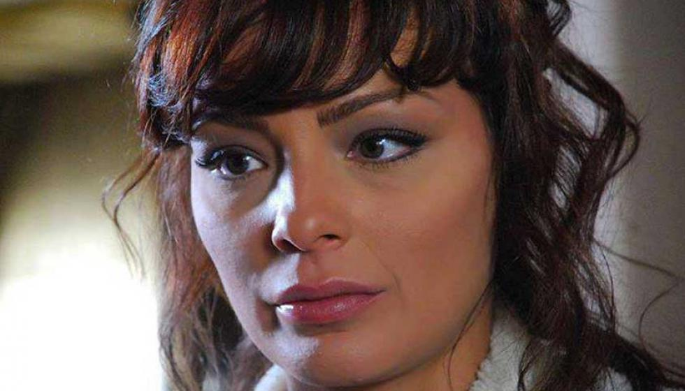 طلاق ممثلة سورية بعد زواج ليوم واحد بسبب عذريتها