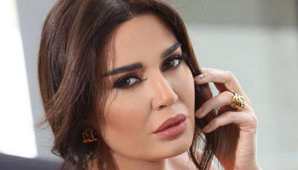 انتفاخ بطن سيرين عبد النور بين الفاصولياء والحمل
