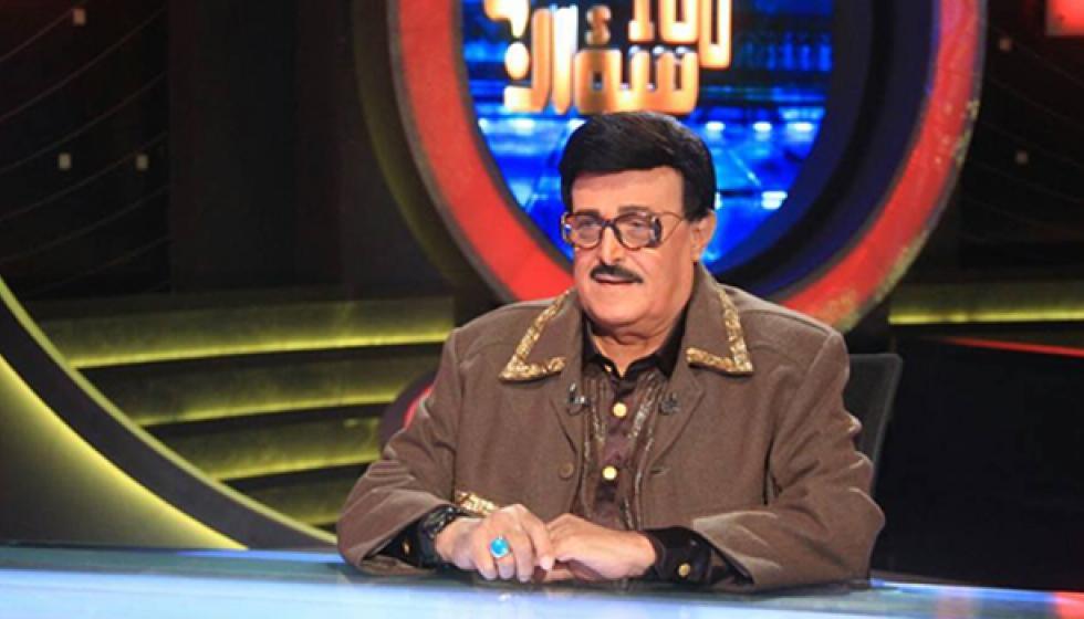 """سمير غانم """"يقضح"""" زوجته: طاردتني لكي أتزوجها"""