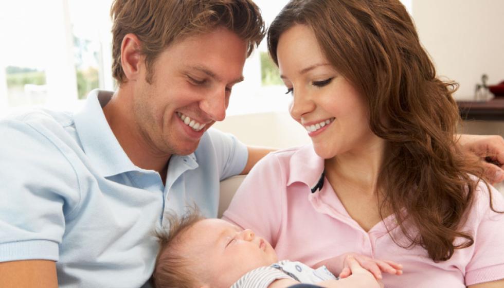 ماذا ينتظر الشّريكان  عند ولادة طفلهما الأوّل؟