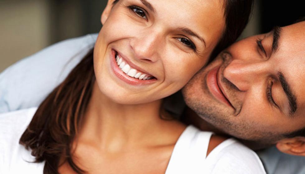 أنماط التّعلّق بالآخر وتأثيرها في السّعادة بين الشّريكَيْن