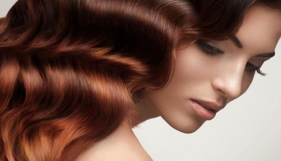 اختاري نوع  تلوين الشعر الذي يناسبك قبل الأعياد