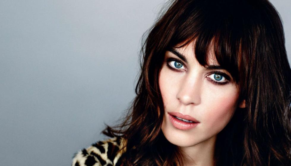 "تعاون بين Alexa Chung و"" Marks and Spencer"""