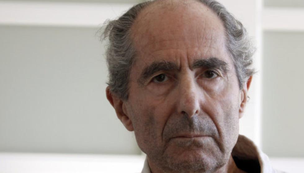 وفاة عملاق الأدب الأميركي فيليب روث عن 85 عاماً