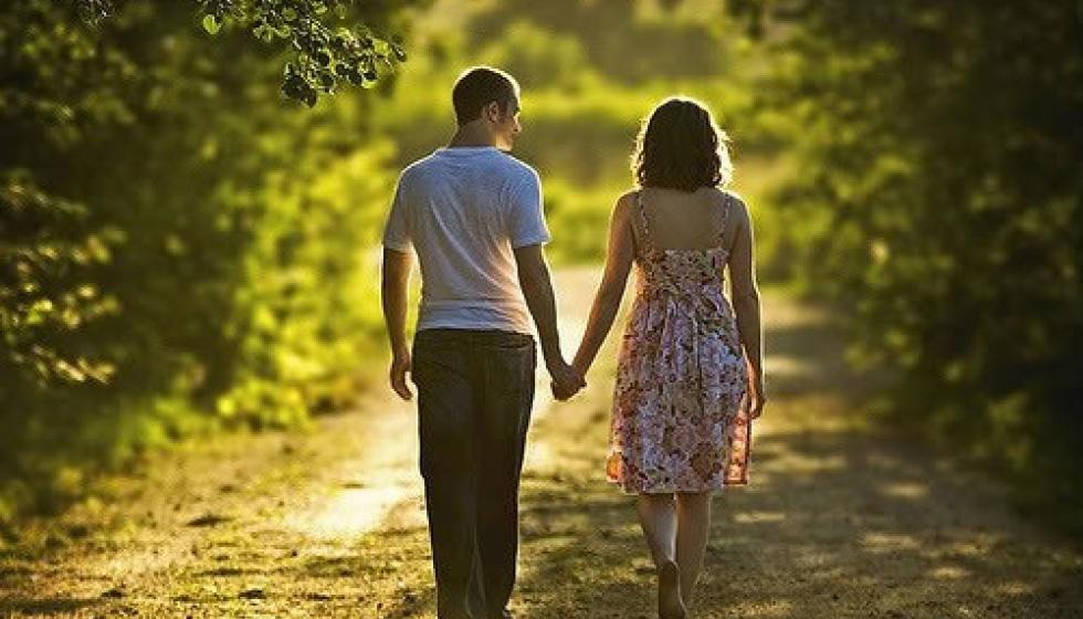 الذكاء العاطفي يُنجح الحياة الزوجية !