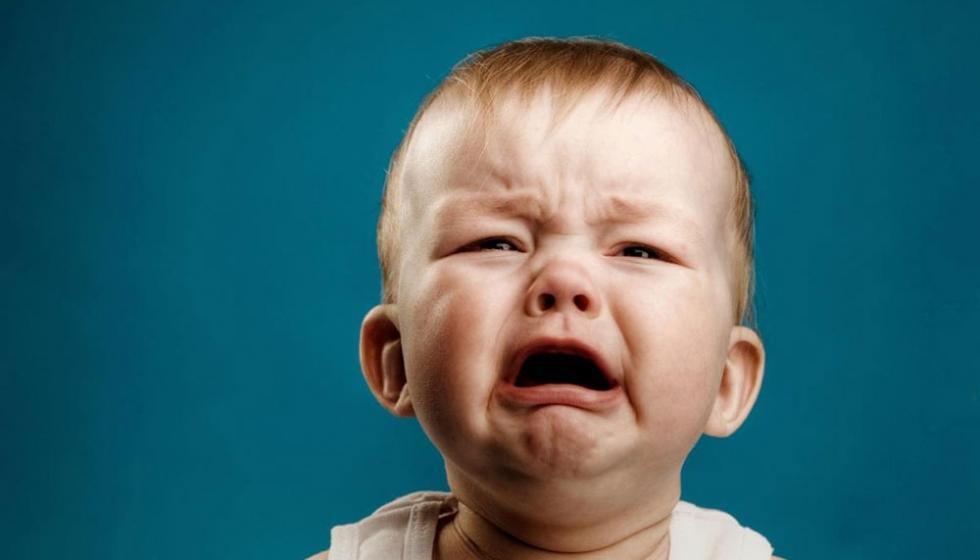 لماذا يبكي طفلي؟